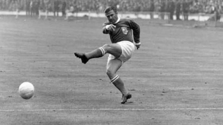 Uma das maiores lendas da história do futebol, Ferenc Puskás também tratou de ter seu nome entre os grandes artilheiros por seleções. Com uma incrível média de 0,99 gols por jogo, o húngaro tem 84 gols em 85 jogos