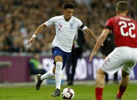 Já consolidado como uma das principais estrelas da seleção inglesa, Jadon Sancho se destaca, aos 21 anos, como uma peça fundamental para o time. No Borussia Dortmund, ele também é destaque em uma equipe que conta com outros jovens craques