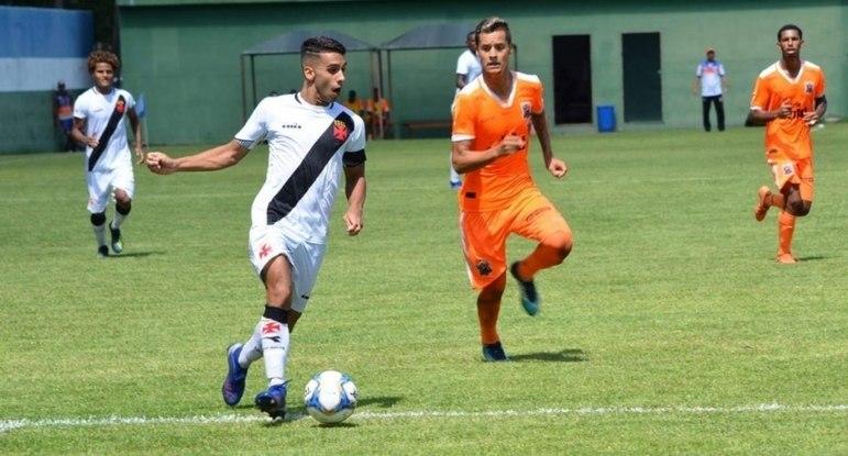 Uma das promessas do Cruz-Maltino, LINNICK tem vínculo até julho com o Vasco. Seu futuro passará por Ramon Menezes.