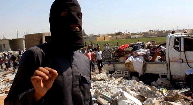 Em 2014, combatentes do EI avançaram em cidades do Iraque, onde passaram a dominar territórios