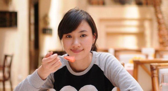 Cada vez mais coreanos moram sozinhos, mas há um estigma em torno de fazer uma refeição desacompanhado