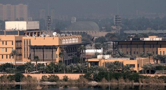 Vista geral da embaixada dos EUA na zona verde de Bagdá, Iraque