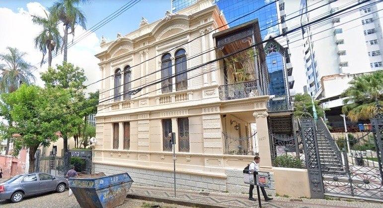 A universidade Una, localizada na rua Aimorés, é um dos pontos que funcionará até às 20 horas