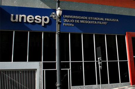 Estudantes podem fazer curso de física na Unesp