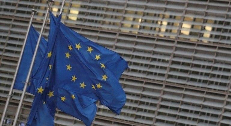 Reino Unido e União Europeia entram em acordo na véspera do Natal