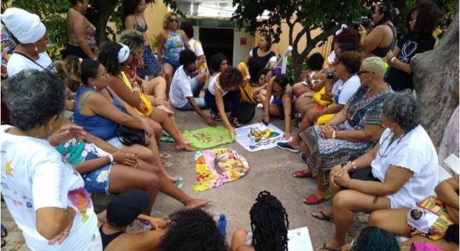 Campanha está querendo ajudar comunidades brasileiras