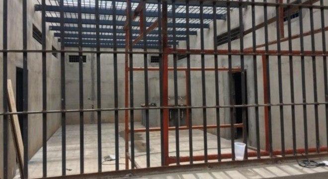 Brasileiros são contrários às visitas íntimas a detentos