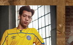 O Avaí vem com uma cor com bastante destaque, com uniforme amarelo. Ainda de acordo com a marca: 'Buscamos elementos retrô dentro da história dos uniformes dos clubes, como o escudo, paleta de cores e design clássico'