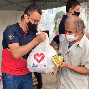 Doações incluíram kits de higiene