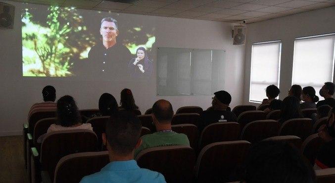Cerca de 40 pessoas compareceram ao evento realizado no auditório do Univer Vídeo