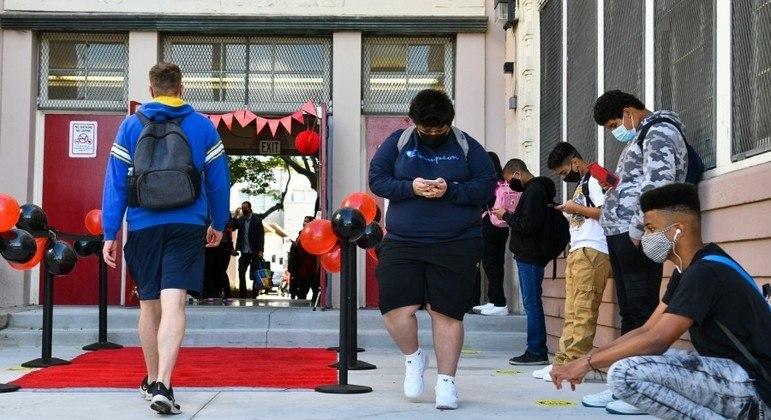 Universidades dos EUA dependem cada vez mais economicamente de estudantes chineses
