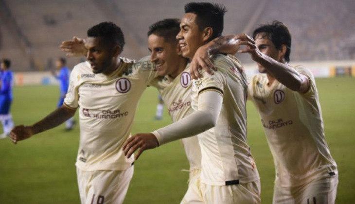 Universitario: 2º colocado do Campeonato Peruano - Entra diretamente na fase de grupos.
