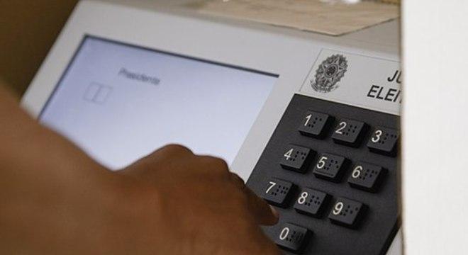 TSE vai receber doações para garantir a saúde de eleitores e mesários