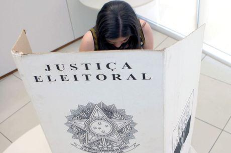 Voto dos jovens entre 16 e 17 anos é facultativo