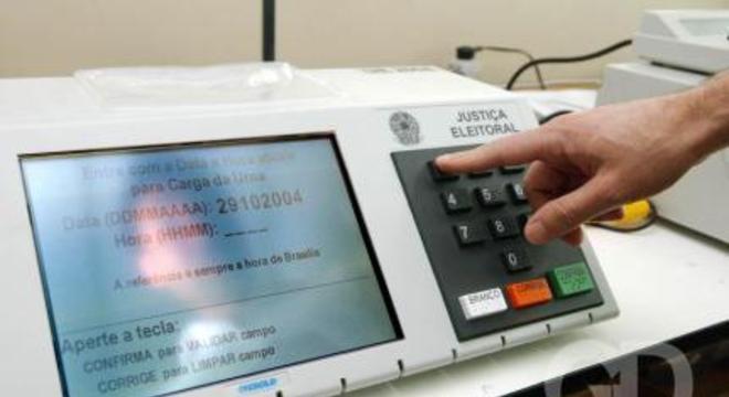 urna eletrônica 800