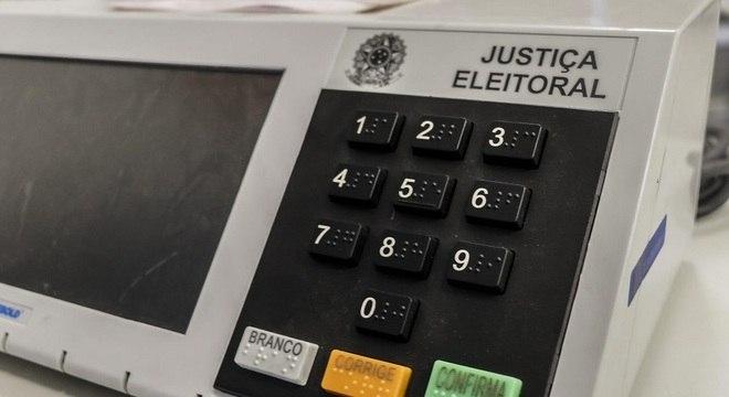 Votação se dará na seguinte ordem: vereador, prefeito e senador