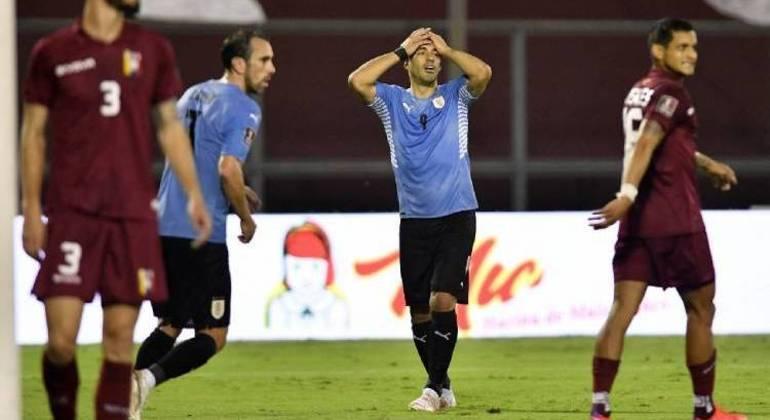 Uruguai, o desespero de Luisito Suárez por mais uma chance perdida contra a Venezuela