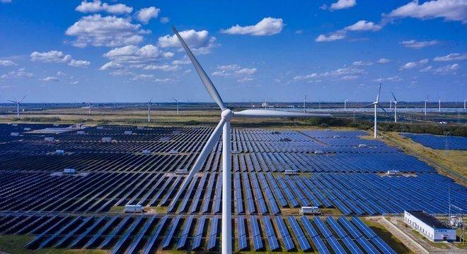 A energia eólica é uma alternativa para reduzir as emissões de carbono