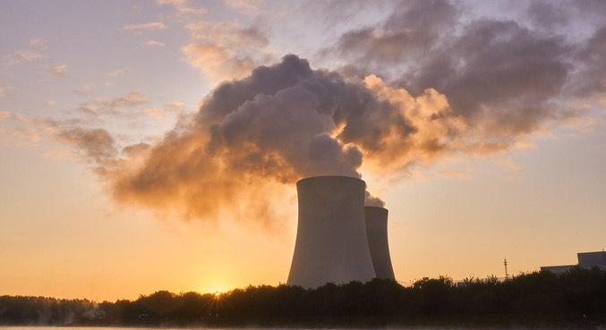 Energia nuclear não emite gases do efeito estufa