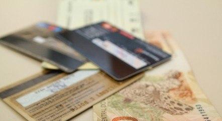 Limite de juros do cheque especial é 150% ao ano