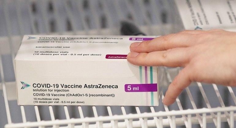 Grécia não recomenda vacina de Oxford/AstraZeneca para maiores de 65 anos