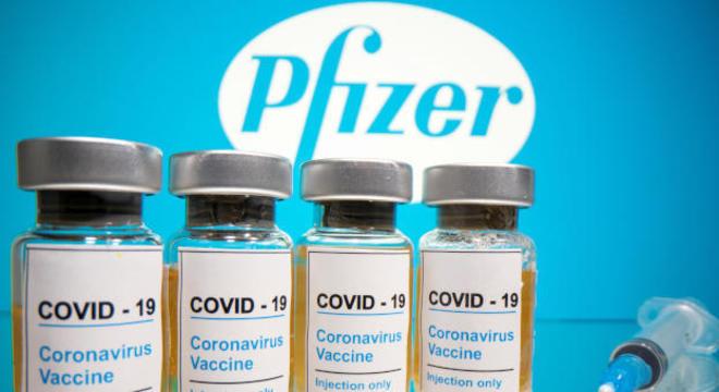 Biotech e Pfizer têm desafio de escalar produção e atender demanda dos EUA