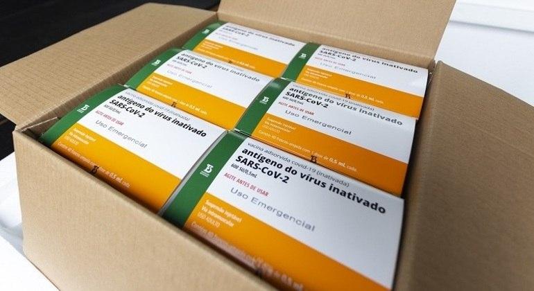 Butantan tem mais 4,8 milhões de doses prontas aguardando novo pedido de autorização