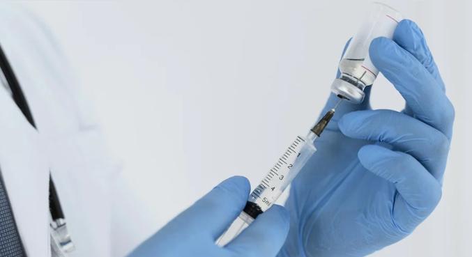 Medida visa suprir a demanda global por vacinas e distribuir os imunizantes igualitariamente