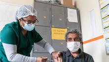Câmara quer multar em R$ 10 mil quem 'furar a fila' da vacina em BH