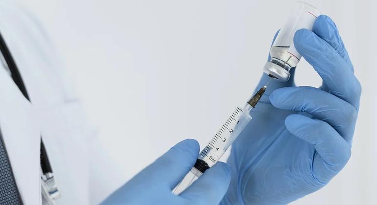 Pela primeira vez, população de Belo Horizonte poderá se vacinar à noite