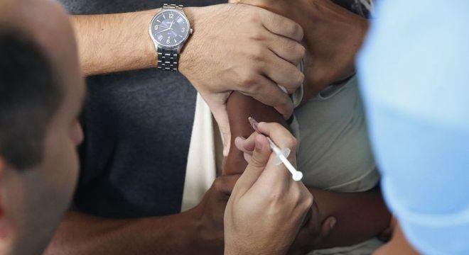 Brasil não atingiu nenhuma meta de imunização infantil pela primeira vez em 25 anos