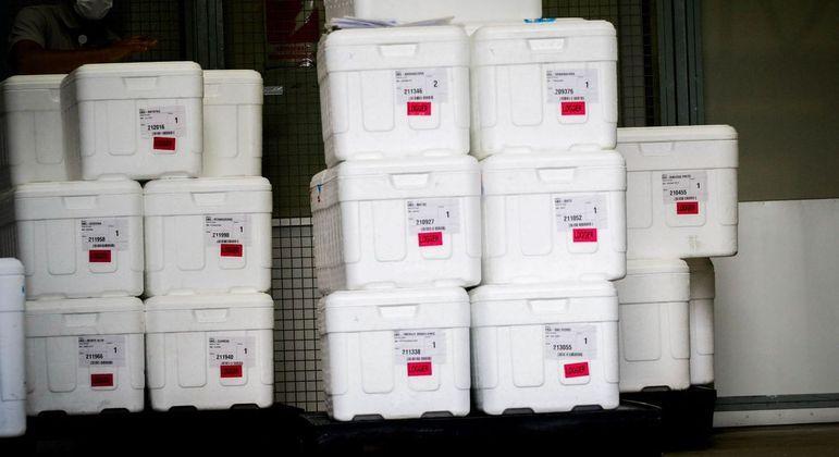 Vacinas da Oxford chegaram ao Centro de Distribuição do governo de SP, na capital