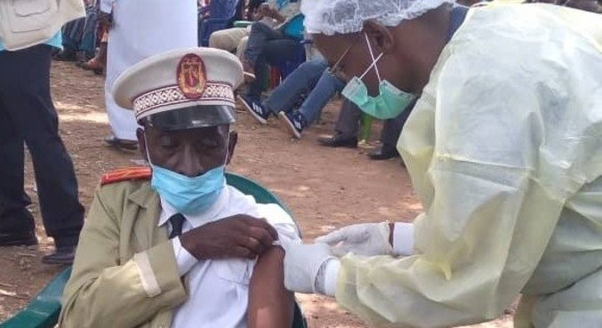 Guiné acumula oito casos e cinco mortes por ebola