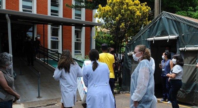Vacinas chegaram a Campinas na tarde desta segunda-feira (18)