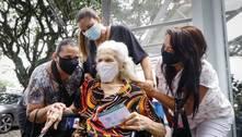 Estado de SP vacina idosos com mais de 85 anos a partir desta sexta
