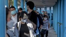 SP imuniza mais grupos, mas vacinação de professor trava