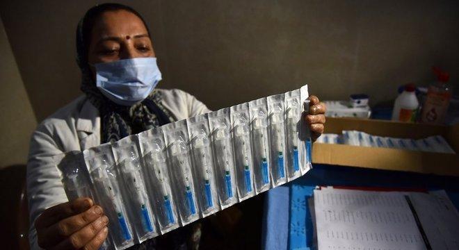 A vacina local foi aprovada apesar da ausência de dados sobre sua eficácia