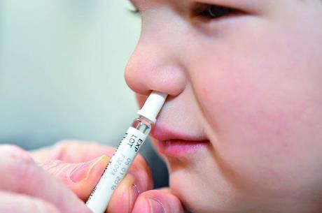 Vacina nasal pode ser mais eficaz contra covid