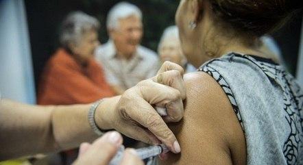 Vacinação contra a gripe entra na terceira fase