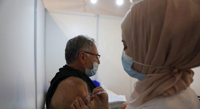 Houve redução de 94% nas infecções sintomáticas em vacinados com duas doses