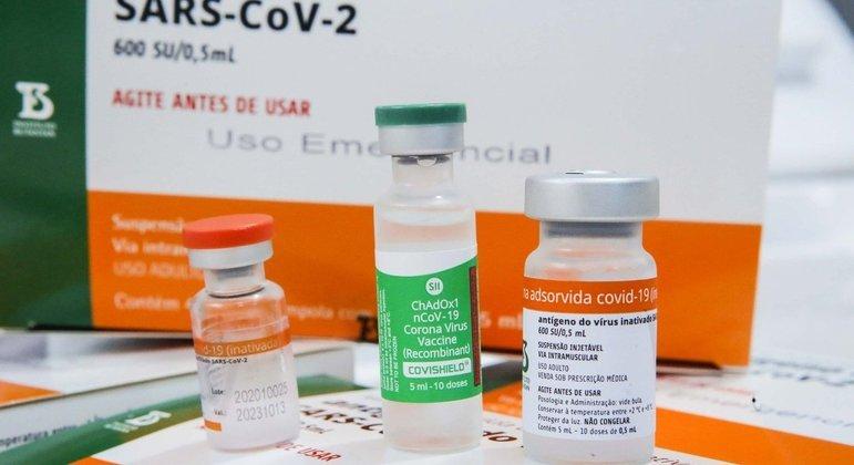 Brasil ainda não tem doses suficientes para garantir vacinação de grupos prioritários
