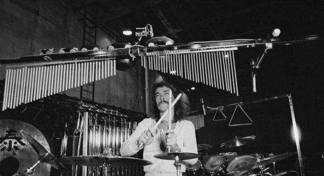 Morre o baterista Neil Peart do Rush aos 67 anos