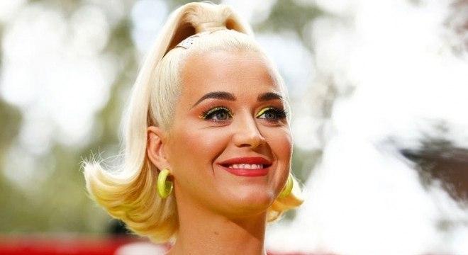 Katy Perry compartilha ultrassom de sua filha e brinca: