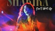 """Shakira está de volta com """"Don't Wait Up"""". Ouça com a letra e a tradução!"""