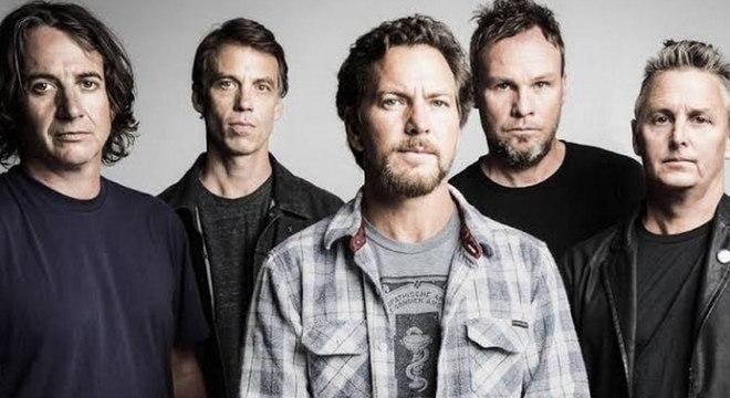 Pearl Jam aposta em novas sonoridades em