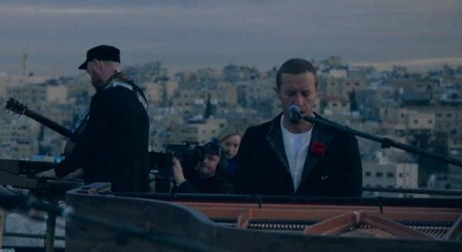 Veja o Coldplay tocar a íntegra de seu novo álbum na Jordânia