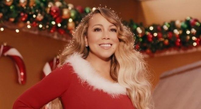 Mariah Carey segue no topo em semana repleta de músicas de Natal: Veja o Top 10 singles nos EUA!