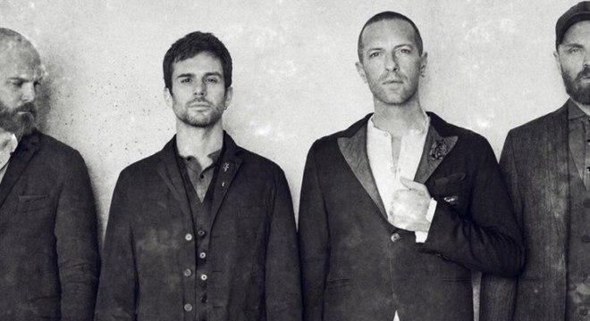 Coldplay supera Robbie Williams e tem mais um disco no topo da parada britânica