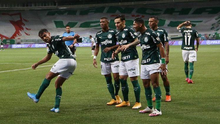 """Vagas para a Libertadores de 2021 – """"Palmeiras chega 2021 com bastante determinação e as chances são grandes de disputar a Libertadores do ano que vem. Já o Fluminense não está com tanta energia assim e precisa de um esforço bem maior para conseguir uma vaga no campeonato""""."""