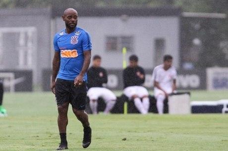 Vágner Love fará sua reestreia pelo Corinthians
